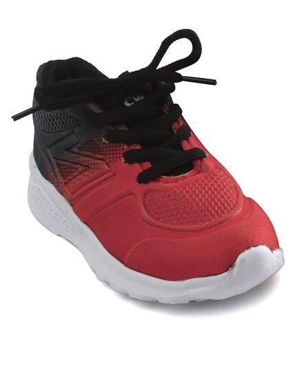 Cute Walk by Babyhug Sports Shoes - Red Black