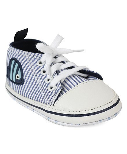 Cute Walk by Babyhug Shoes Style Booties - White Blue