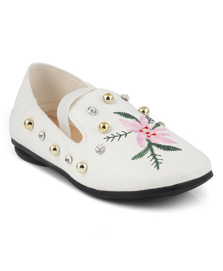 Kittens Beaded Floral Embroidered Loafers - White