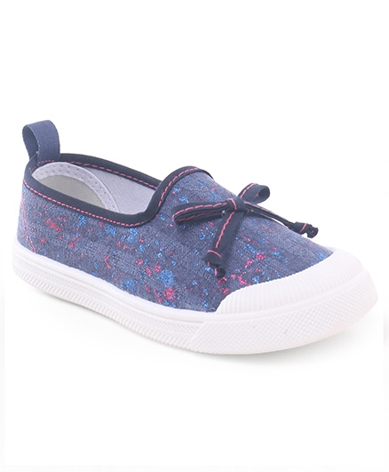 Cute Walk by Babyhug Slip On Canvas Casual Shoes - Blue