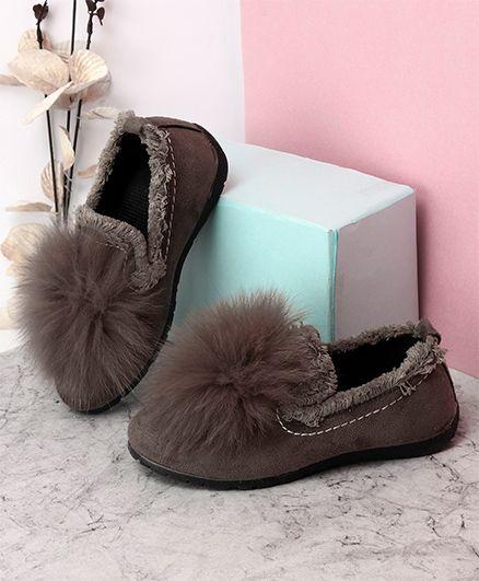 Kidlingss Slip-On Style Pom-Pom Shoes - Grey