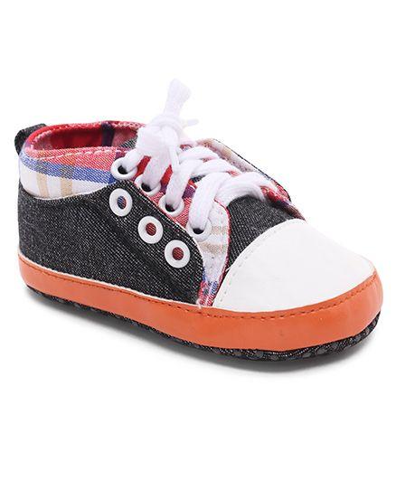 Cute Walk by Babyhug Shoes Style Booties - Black
