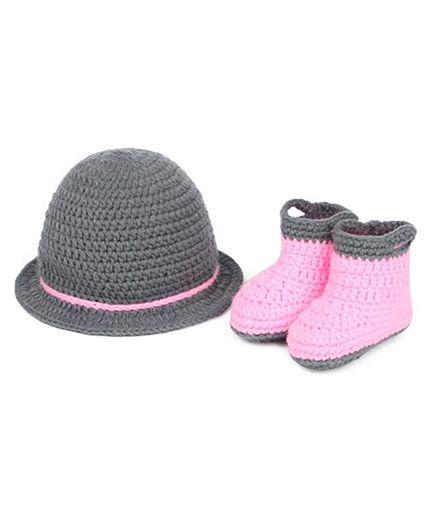 Babymoon Cap And Booties - Grey Pink