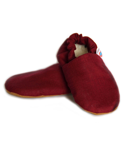 Skips Solid Slip On Booties - Maroon