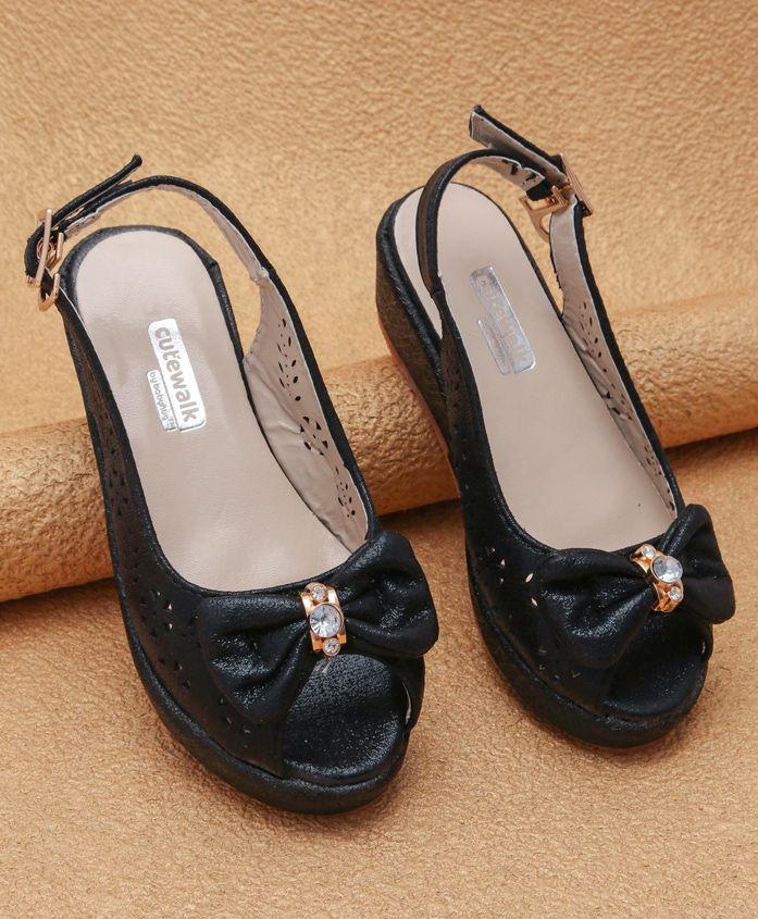 Cute Walk By Babyhug Peep Toes - Black