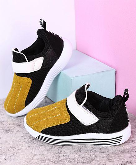 Kidlingss Velcro Sport Shoes - Yellow & Black
