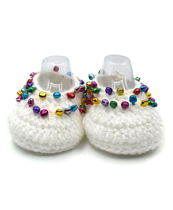 Magic Needles Handmade Crochet Turkish Yarn Glitter Mojaris Booties With Ghungroo - White