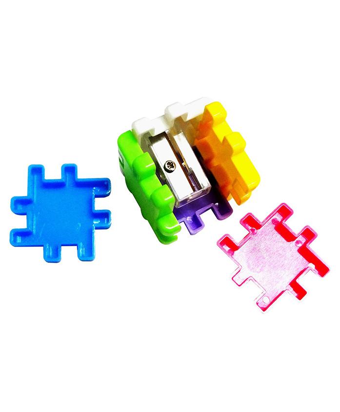 Party Propz Cube Shape Pencil Sharpener Pack Of 6 - Multicolour