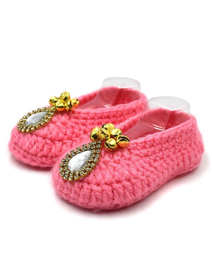 Magic Needles Handmade Crochet Turkish yarn Mojaris With Ghungroo - Pink
