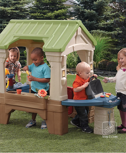 Step2 Great Outdoor Playhouse - Green