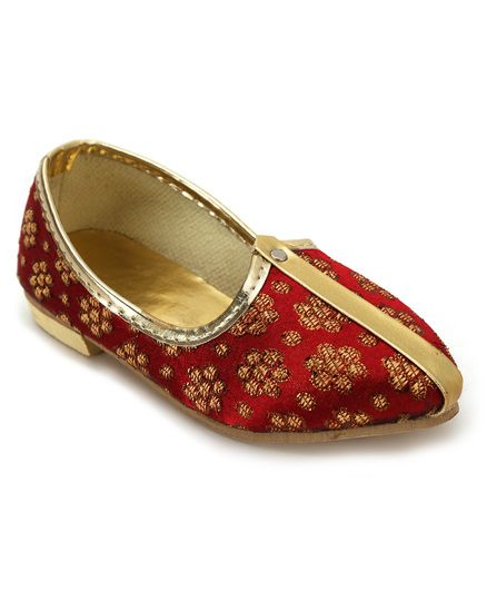 Ethniks Neu Ron Traditional Mojari Shoes - Maroon And Golden