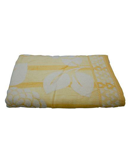 Sassoon Baby Bath Towel Floral Twist - Yellow
