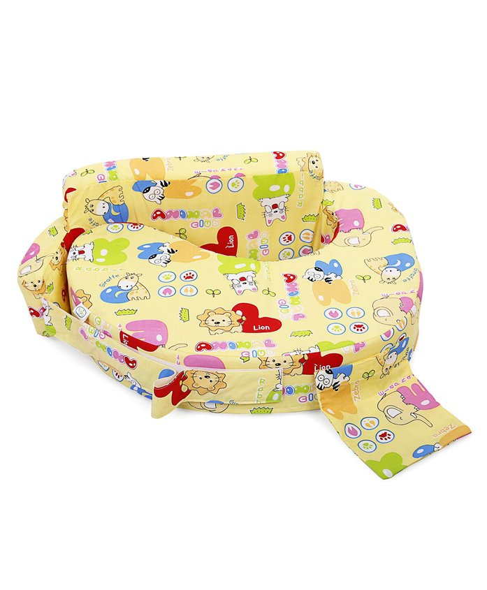 Babyhug Feeding Pillow Animals With Heart Print - Yellow