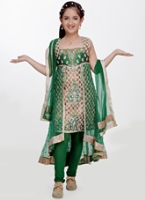 Girlish - Sleeveless Lace and Net Style Salwar Kameez Suit With Dupatta