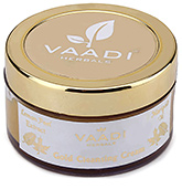 Vaadi Herbals Gold Cleansing Cream