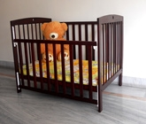 Wudplay - Sliding Rail Crib with Arch CR 009