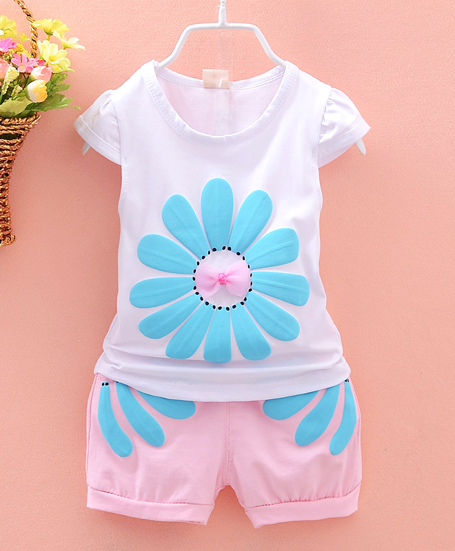 Upto 10% Off On Kid's Clothing By Firstcry   Pre Order - Awabox Flower Print T-Shirt With Shorts Set - Baby Pink @ Rs.728.10