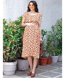 27e0b7670980 Mine4Nine Triangle Printed Short Sleeves Maternity Dress - Cream