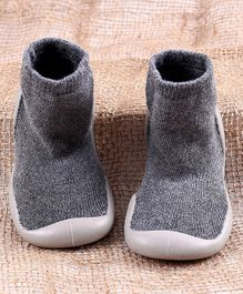 Hoppipola Solid Sock Shoes - Grey