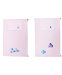 Baby Rap Fish At A Dino Party Baby Bed Sheet With Pillow Covers Pack Of 4 - Pink