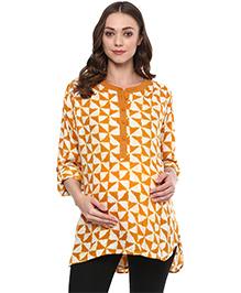 Wobbly Walk Three Fourth Sleeves Maternity Tunic Geometric Print - Yellow