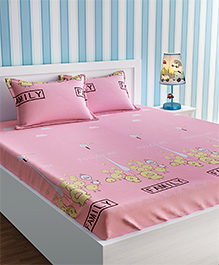 Urban Dream Bed Sheet With Pillow Cover Set Fish Bird Print - Pink